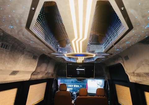 Solati Limousine Xs 10 chỗ thương mại 10