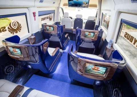Solati Limousine 10 ghế VIP Skybus Limited Edition