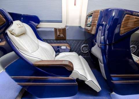 Skybus Solati Limited Limousine 10