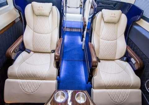 Skybus Solati Limited Limousine 20