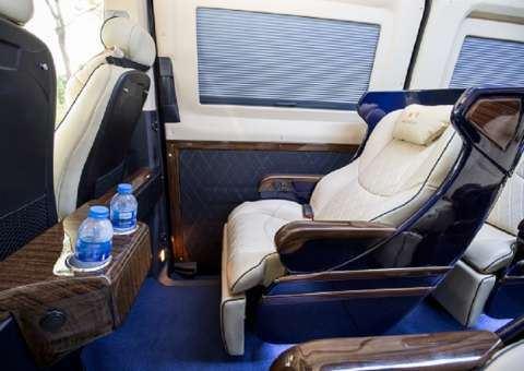 Skybus Solati Limited Limousine 19