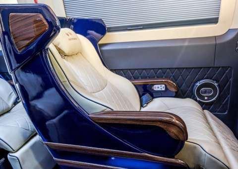 Skybus Solati Limited Limousine 11