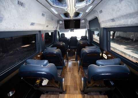 Solati Limousine 12 chỗ SKYBUS Solati PRO 11