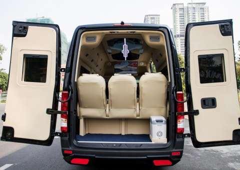 Skybus Solati Limited Limousine 25