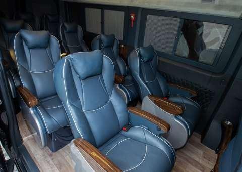 Solati Limousine 12 chỗ SKYBUS Solati PRO 3