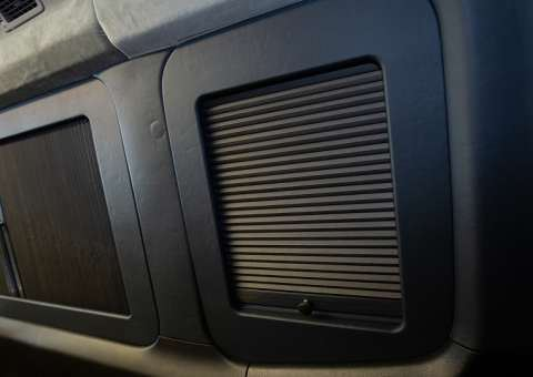 Skybus Solati Pro Limousine - rèm cửa 4