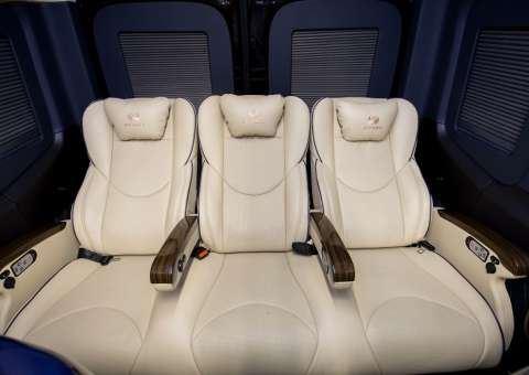 Skybus Solati Limited Limousine 28