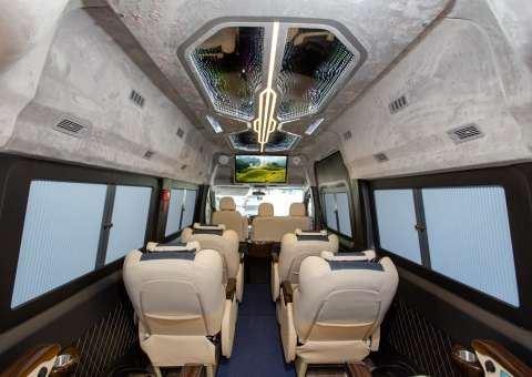 Solati Limousine 10 chỗ - Skybus Solati Special 1