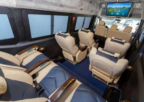 Solati Limousine 10 chỗ - Skybus Solati Special 2