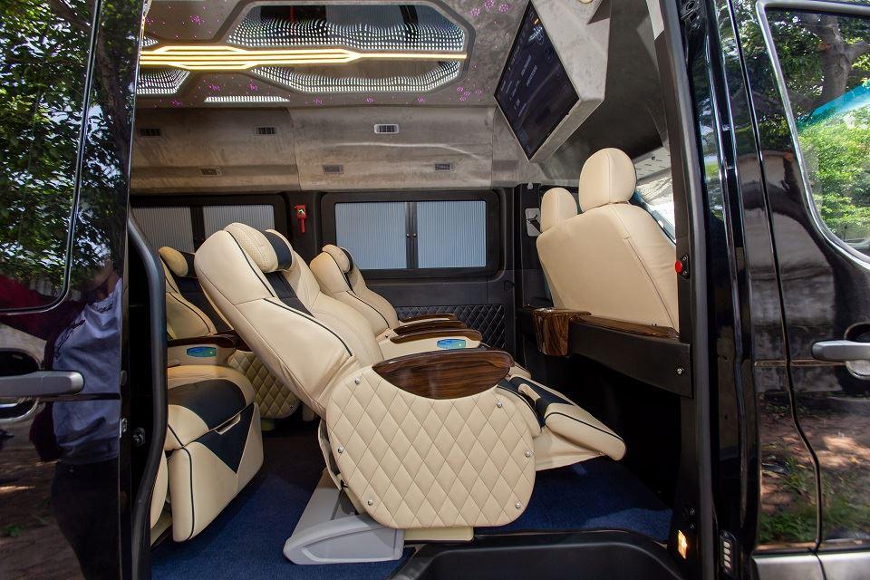 Solati Limousine 2019 - Skybus Solati Special